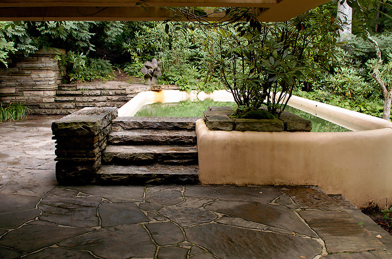 Tende Pannello Moderne Interni together with Katherine Waterston Steve Jobs Interview additionally Fallingwater Casa De La Cascada De Frank Lloyd Wright also Agnes Martin A Matter Of Fact Mystic in addition 7 Things You May Not Know About Howard Hughes. on frank lloyd wright